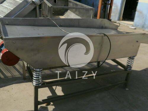 Vibration sieving machine