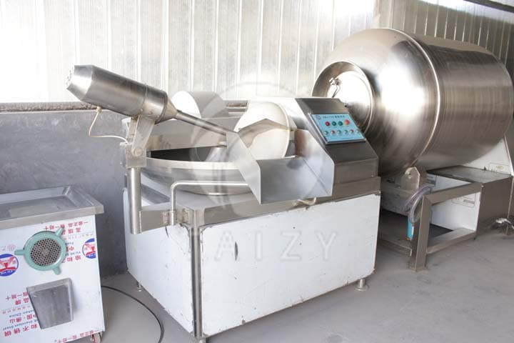 meat cutting and mixing machine
