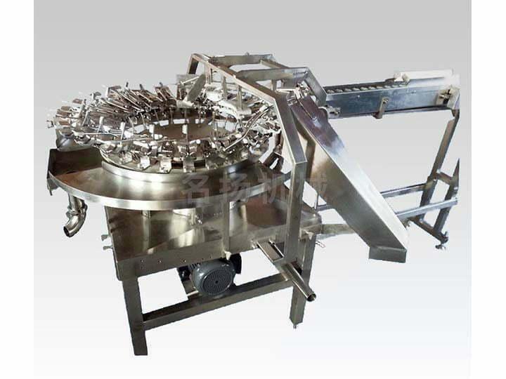 Rotary egg breaking machine